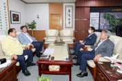 장경식 경북도의회 의장, 군위‧의성군수 차례로 만나 통합신공항 문제 해결 촉구